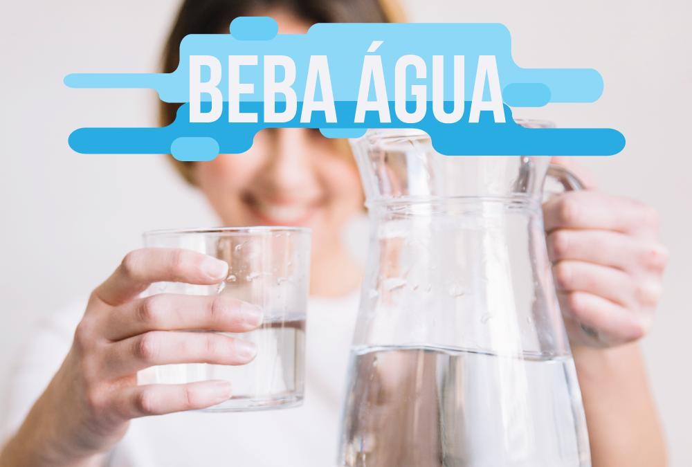 Você está bebendo água?